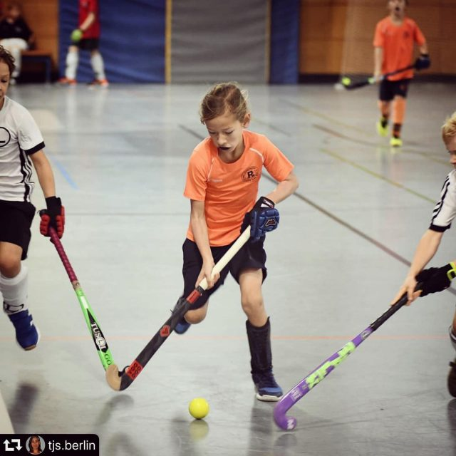 "A young voodoo-⭐️ rocking our ""Voodoo Vengeance red indoor"".✋🏻😇 Keep on going! #repost @tjs.berlin ・・・ Indoor Season has started! 📷 @urs.kuckertz"